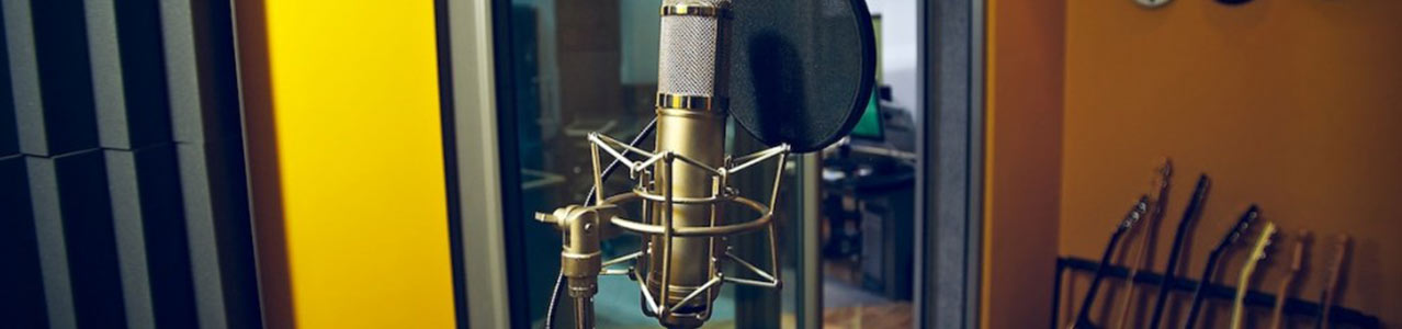 sound recording studio microphone